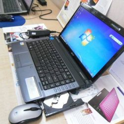 Laptop Acer 4736