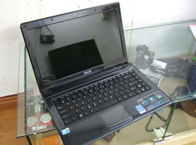 Laptop Asus K42JA/i5-540m/ram 4gb/hdd500gb/14inch/win7 64bit