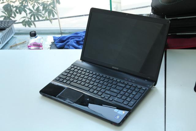 SONY VAIO VPCEB  Core i3 – 330M/ RAM 4GB/ HDD 320G/ 15.6inch/ BH 03 Tháng