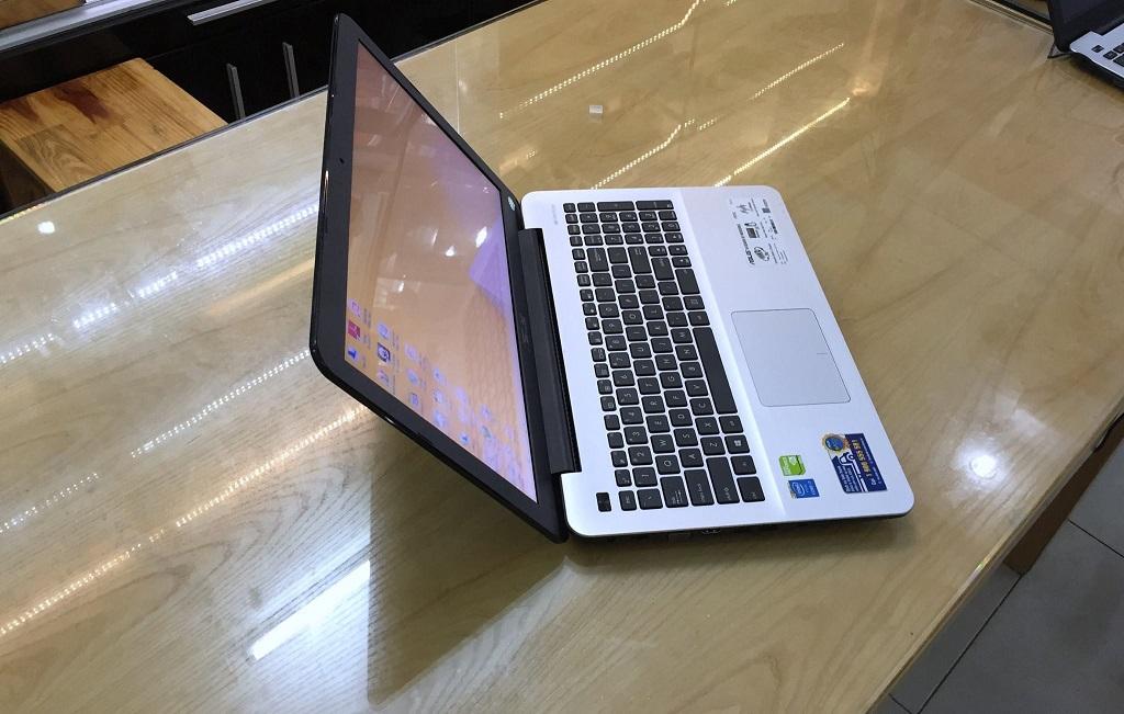 Asus F555LF-XX166D i5-5200U card rời 2GB Bảo Hành 12 Tháng