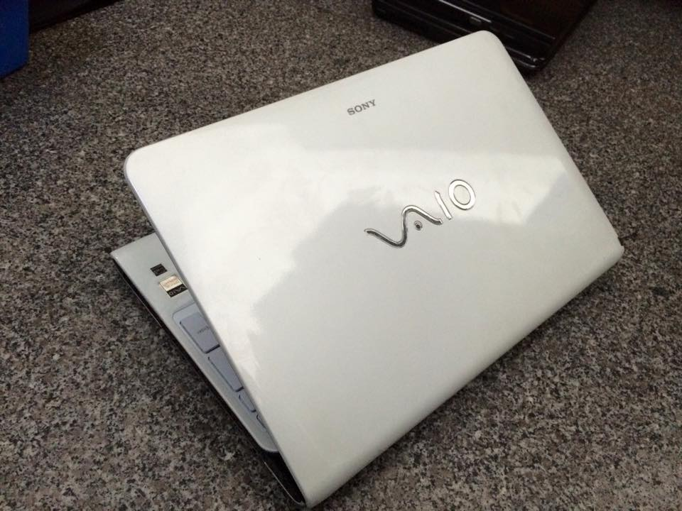 Laptop Sony Vaio SVE15 (Core i5-3210M, RAM 4GB , HDD 500GB, VGA Intel HD Graphics 4000, 15.6 inch)