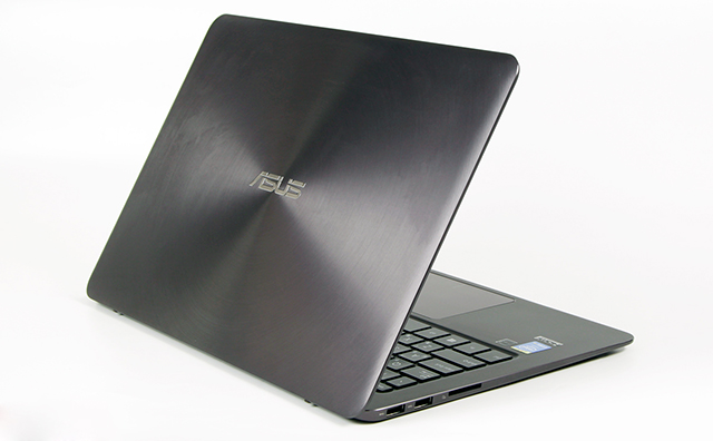 ASUS UX305FA Core M5/ RAM  8G/SSD 128G/ 13.3 inch Full HD/ BH 12 Tháng
