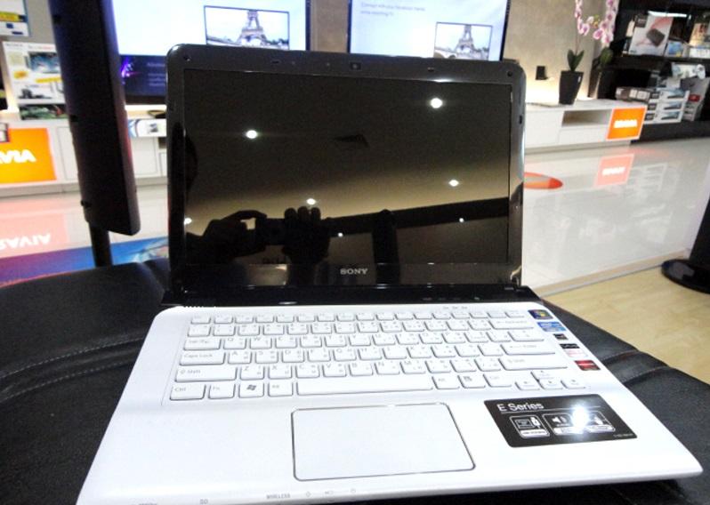 Laptop Sony Vaio SVE14136CVW (Core i5-3230M, RAM 4GB, HDD 500GB, VGA 1GB AMD Radeon HD7550M, 14 inch,