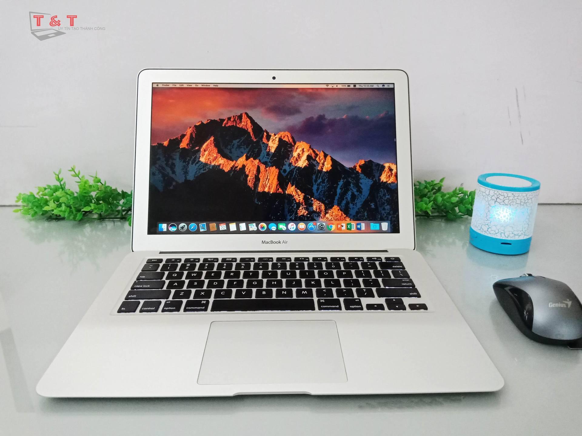 Macbook Air 13 MQD42SA Core i5 ~1.4 GHz/ 8GB/ 256GB (2014)/ BH 12 Tháng