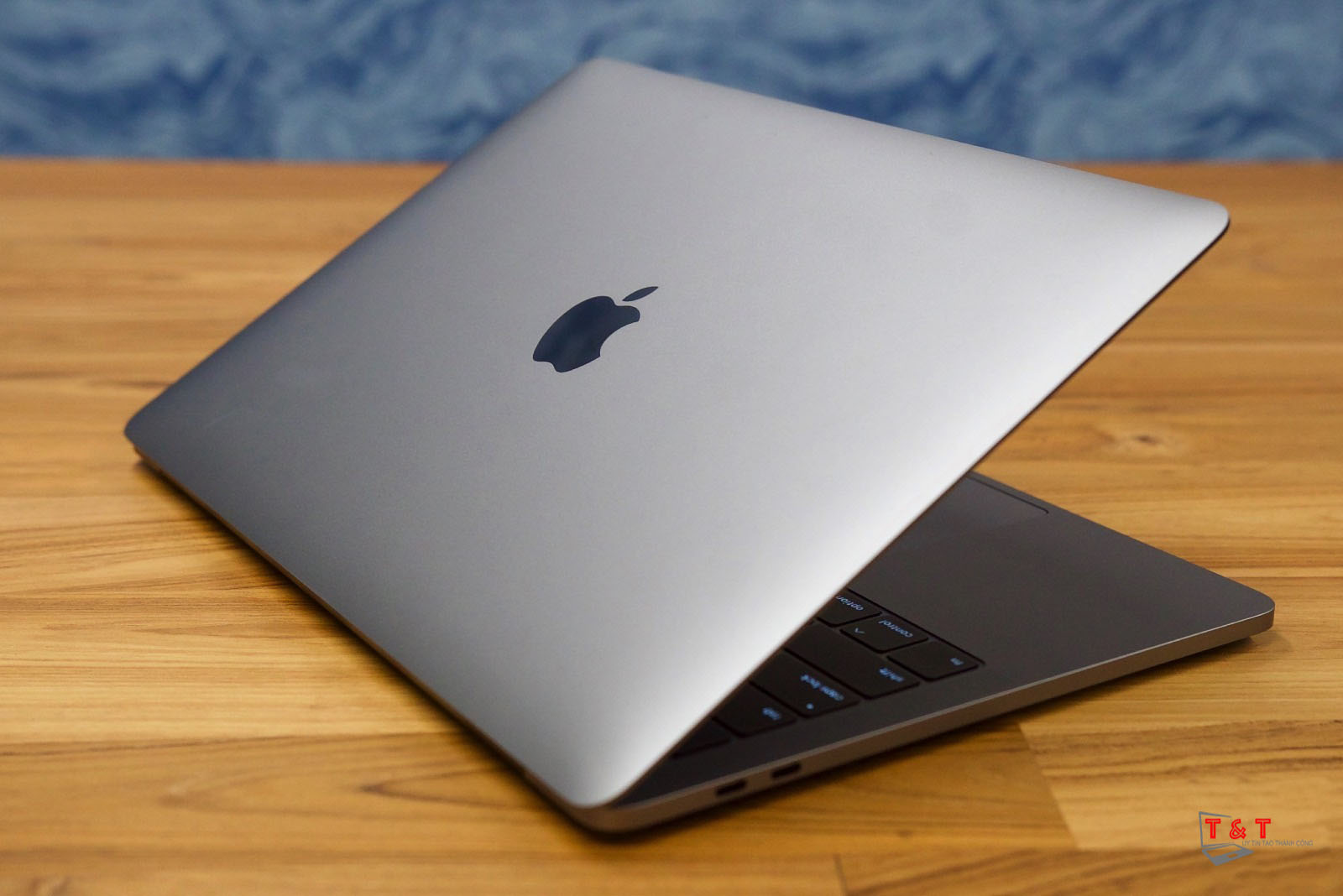 apple-13-inch-macbook-pro-2019-1 (1)