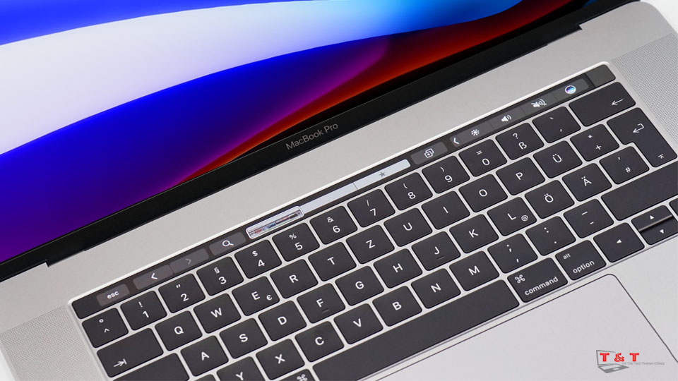 maccbook-pro-15-inch--mptt2